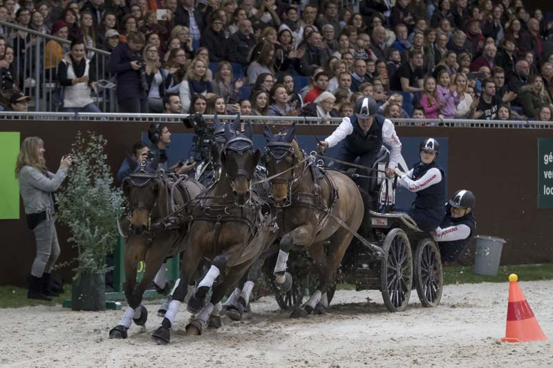 Boyd Exell (AUS) won the CAI-W Geneva for the 9th consecutive time © FEI /Dirk Caremans