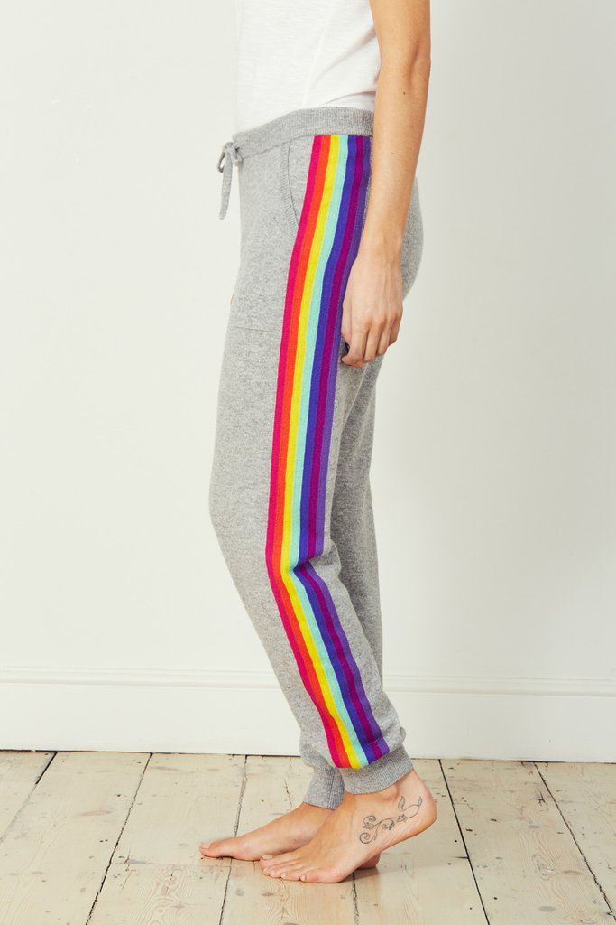 Lucie Loungers – Rainbow</a>