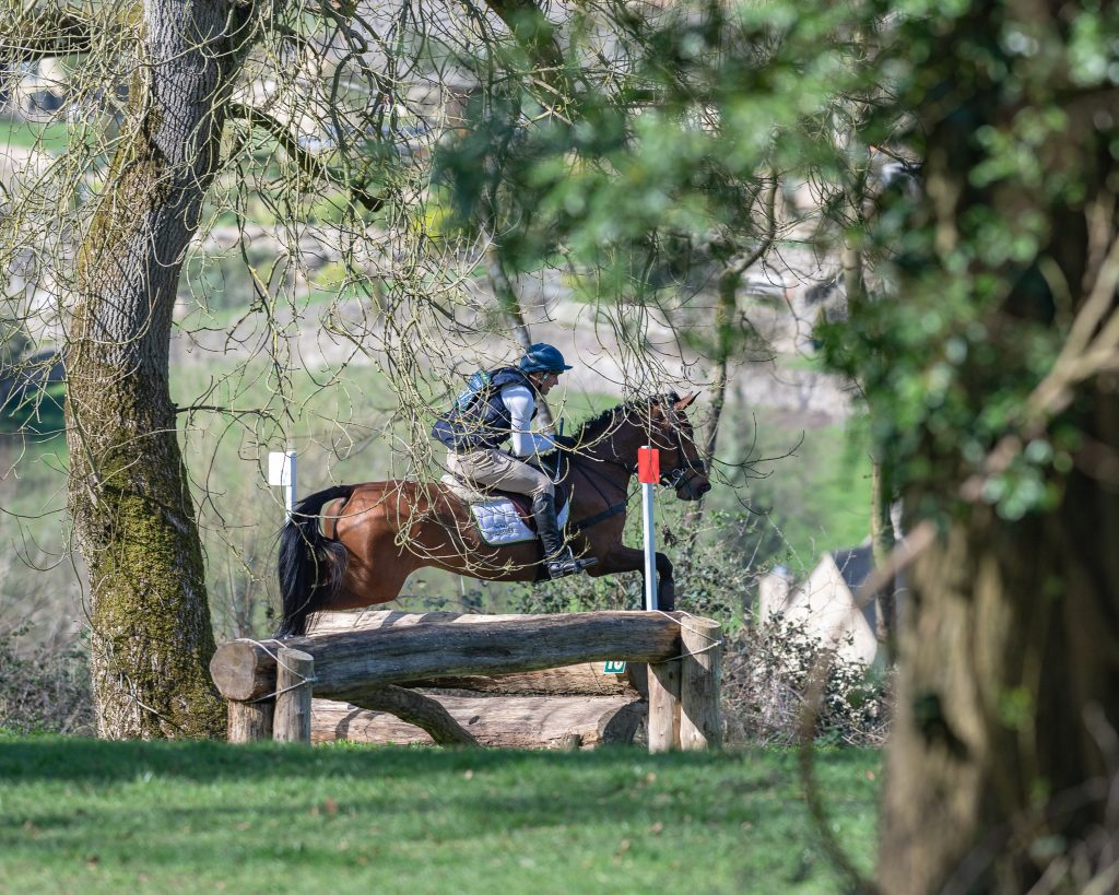Joe Roome and Auriella clearing fence 18