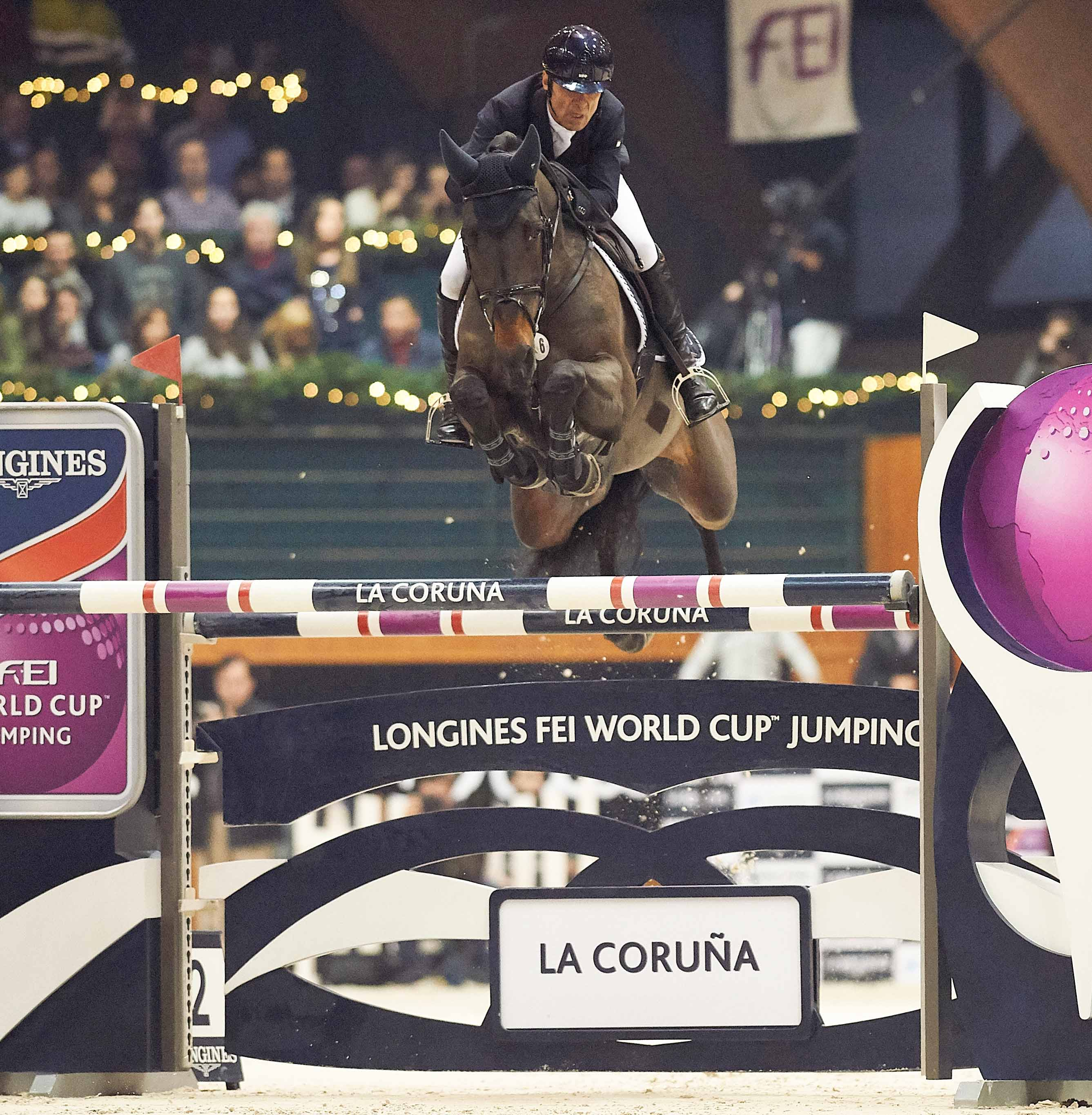 Colombia's Carlos Lopez galloped to victory with Admara in the seventh leg of the Longines FEI World Cup™ Jumping 2016/2017 Western European League at La Coruña in Spain. © Hervé Bonnaud/FEI