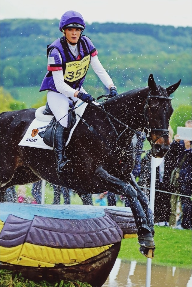Emily King riding Brookleigh. © Liz Knowler