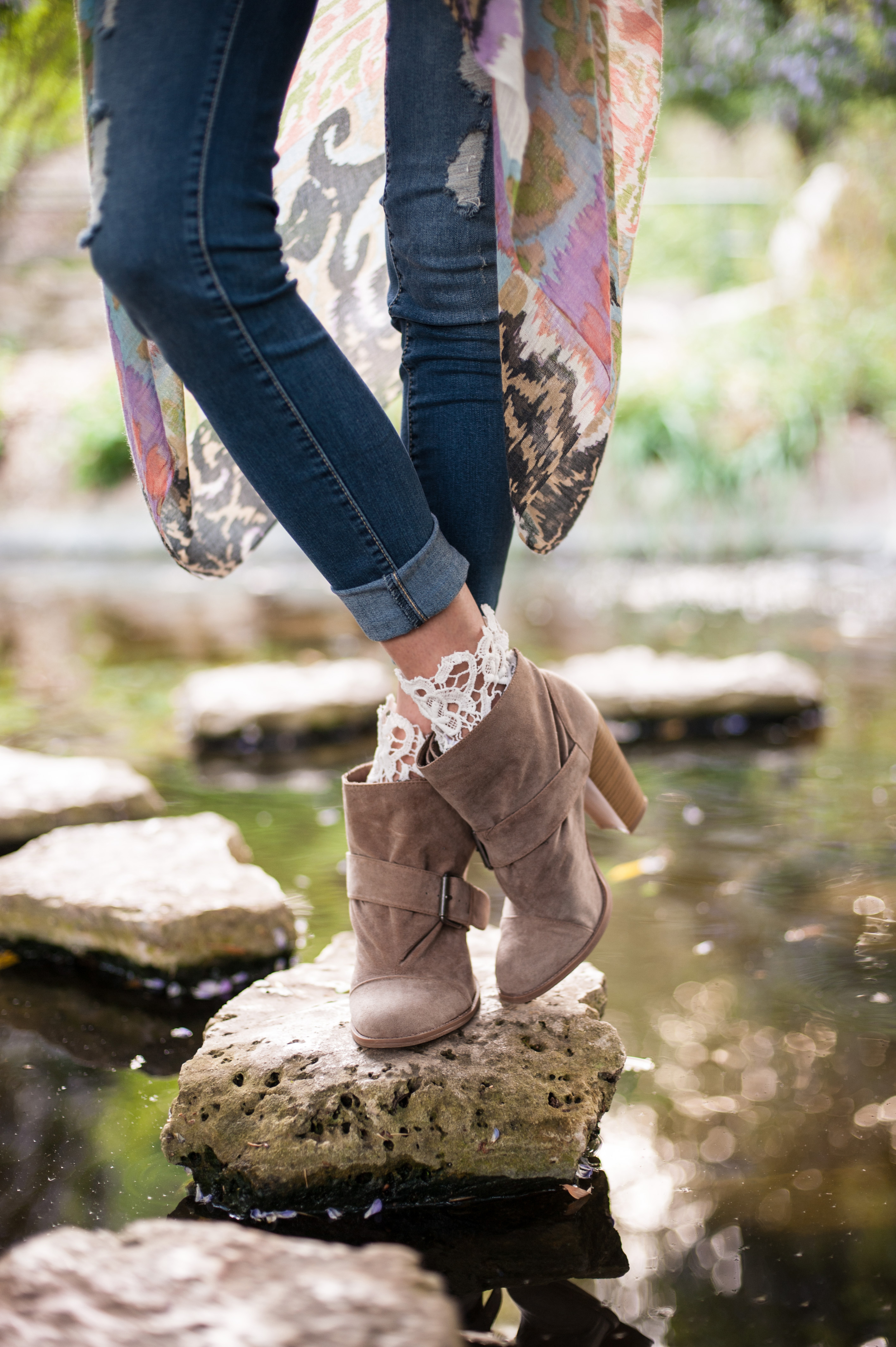 GAL Lace topped bootie socks