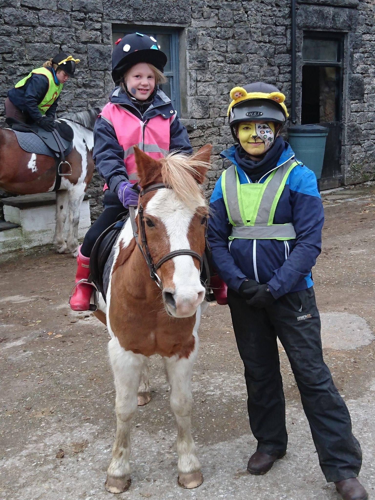 Hoof Centre Raises Funds For Children In Need The Gaitpost