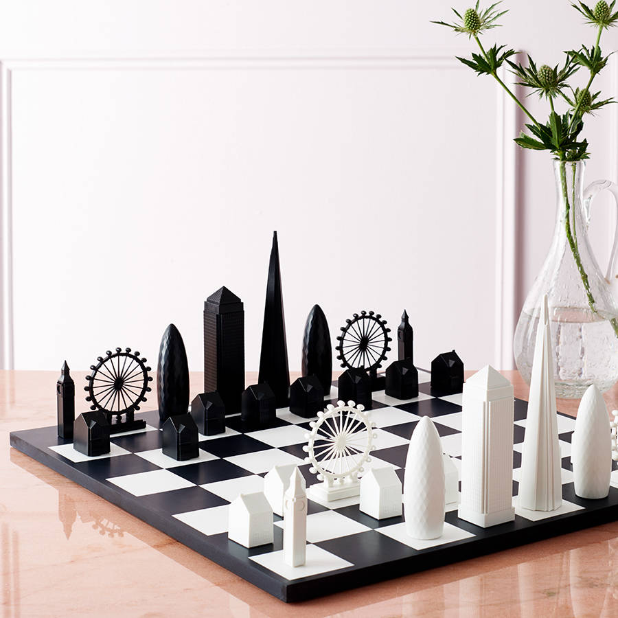 original_london-skyline-architectural-chess-set