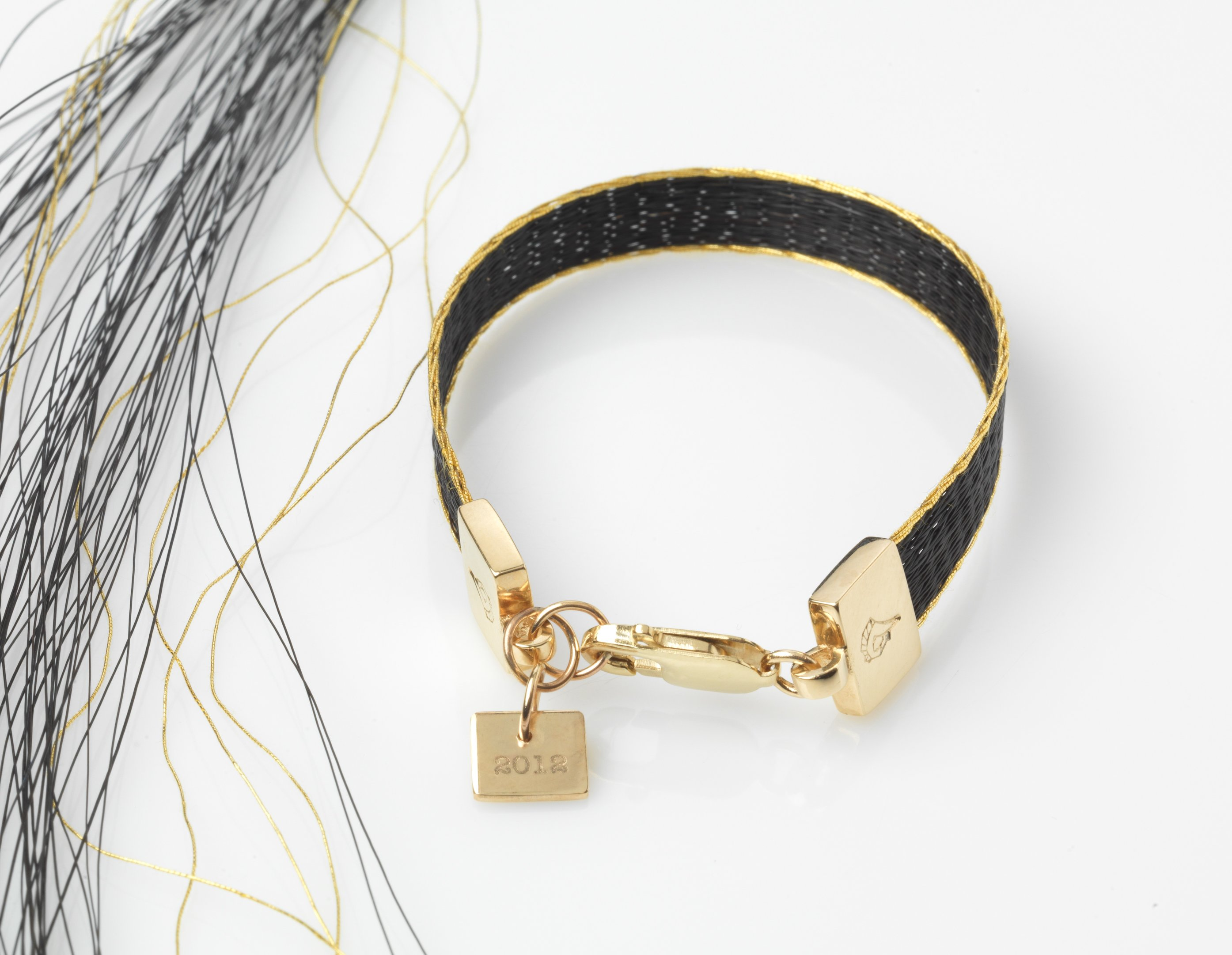 Yazmin Pinchen launches London 2012 bracelets for charity