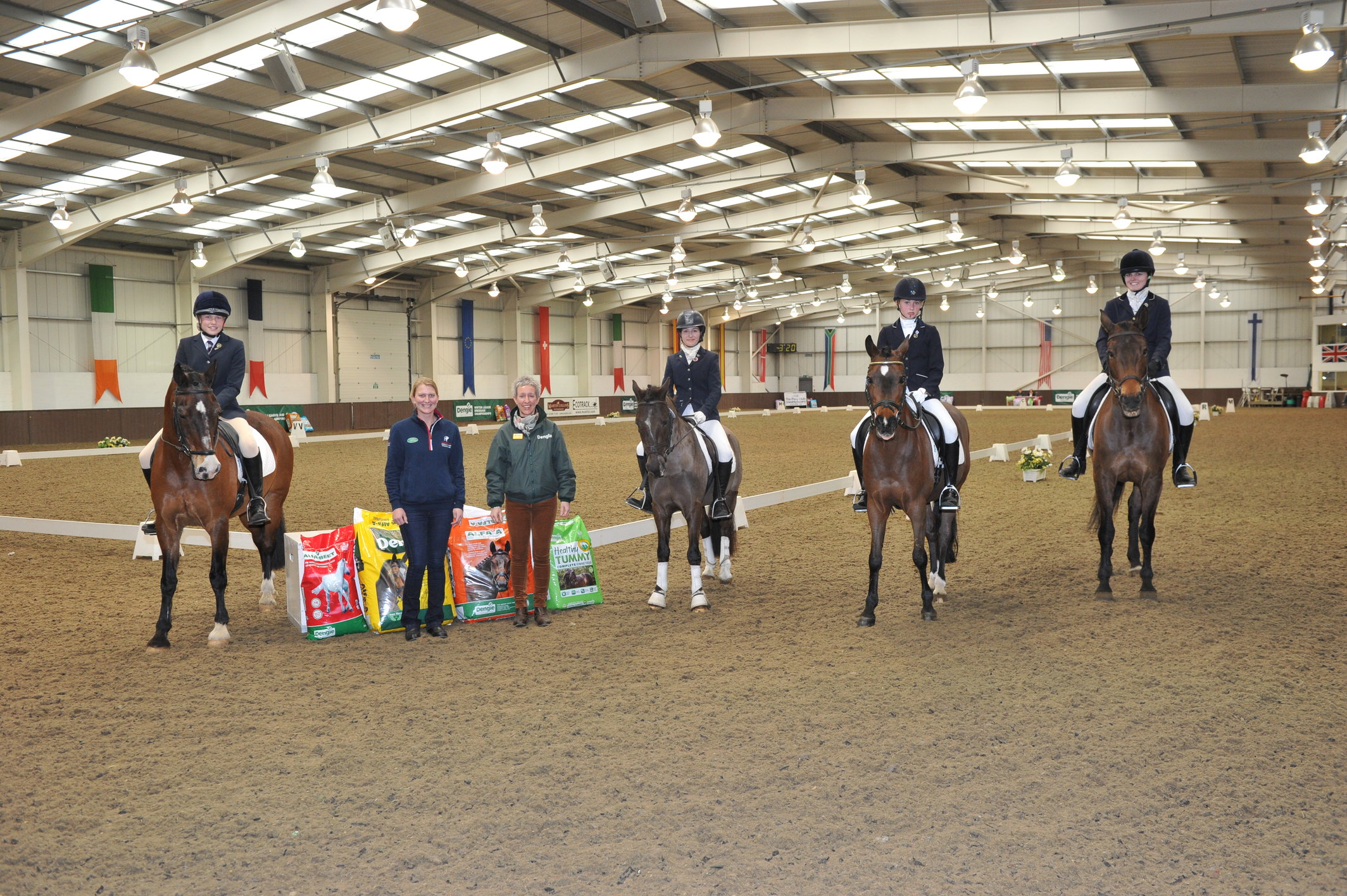 rsz_winners_1-3rd_with_lisa_wilson_dengie_and_gb_dressage_rider_hayley_watson-greaves_2