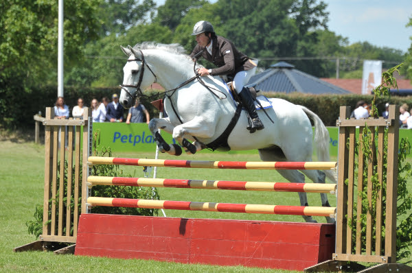 Trade Stands Hickstead : Double win for williams on day one of hickstead the gaitpost